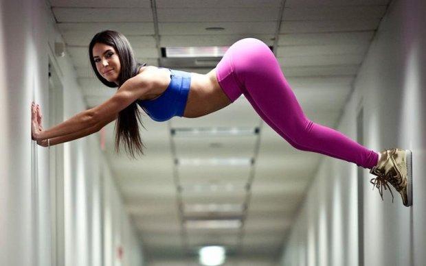 Американская фитнес-блогер шокировала формами в стиле Ким Кардашьян