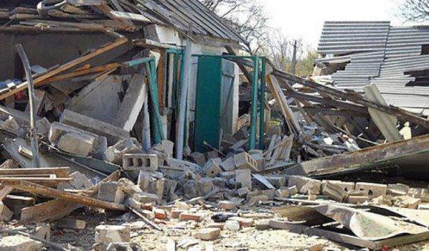 Руины вокруг Мариуполя после обстрела террористов (фото)