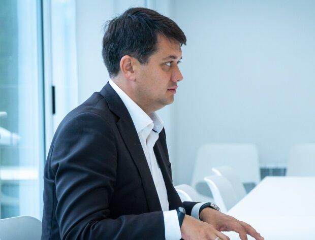 """Разумков з команди Зеленського розповів про нові посади у Раді: """"Працювати навіть на вихідних"""""""
