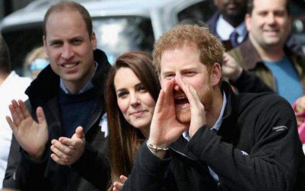 Британські монархи підірвали LinkedIn