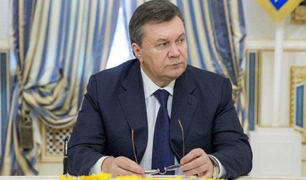 Интерпол убрал Януковича из перечня разыскиваемых лиц