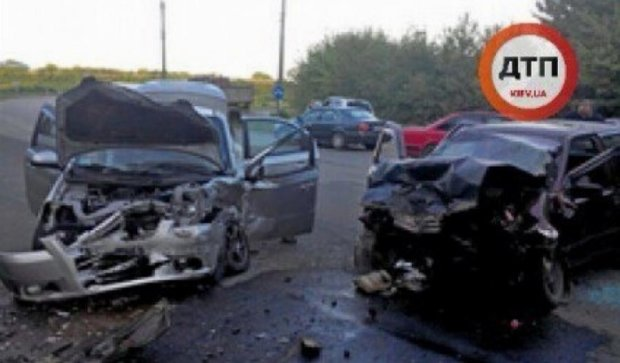 В масштабной аварии пострадали 5 человек