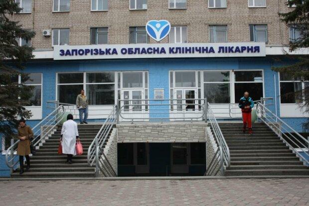 Медленно умирал: мужчина в Запорожье отравился замороженными продуктами