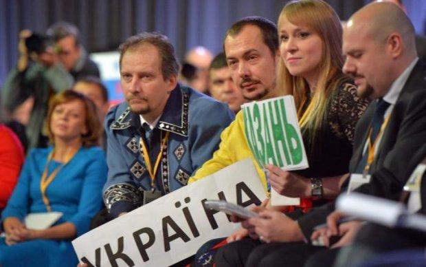 Привіт Захаровій та ляпас Жириновському: українець порвав ПутінТБ