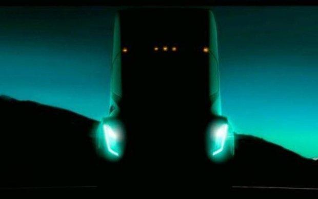 В сеть слили первое фото грузовика Tesla
