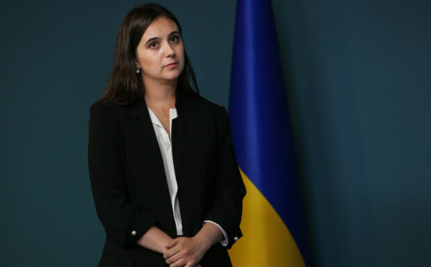 Интервью Зеленского российскому каналу: Мендель еще больше запутала украинцев, подробности