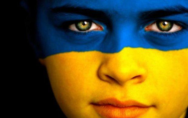 Антироссийская реклама возмутила киевлян безграмотностью