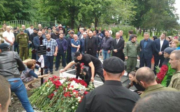 """Пятнашка закопала Мамая: на похороні засвітився ліквідатор """"Мотороли"""""""