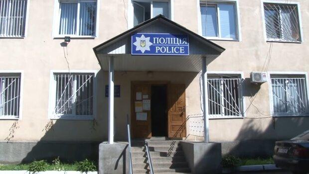На Закарпатье хрупкую девушку жестоко избили палачи в форме - лупили прямо в отделении, никто не помог