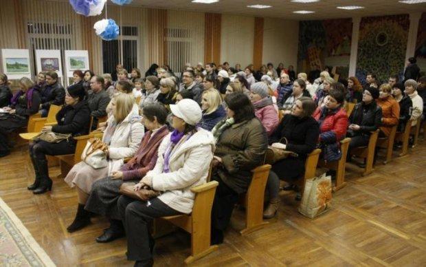 Київським педагогам заборонили займатися здирництвом