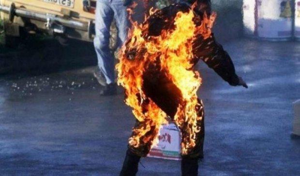 Чоловік підпалив себе на Красній площі