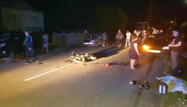 На Закарпатье депутат на джипе сбил на смерть юного мотоциклиста - уже не первая жертва
