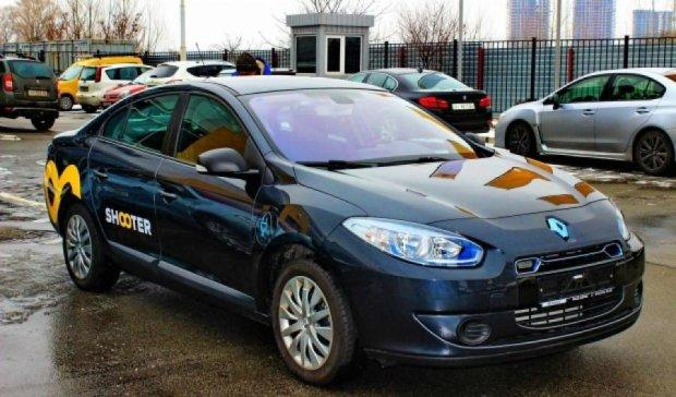 Депутати Київради вирішили пересісти на електромобілі