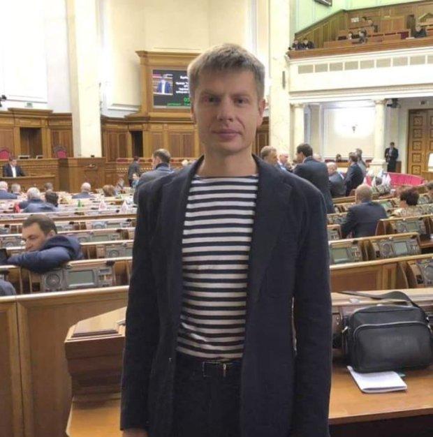 Алексей Гончаренко в тельняшке