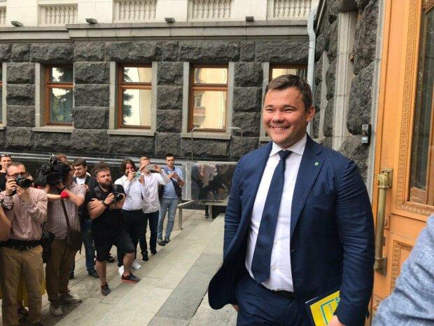 Миллиарды гривен ежегодно: Богдан объяснил, когда Зеленский отменит военный сбор с доходов украинцев и увеличит зарплаты