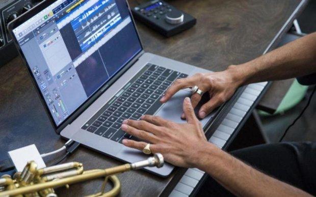 Гірше нікуди: нові MacBook Pro розлютили користувачів