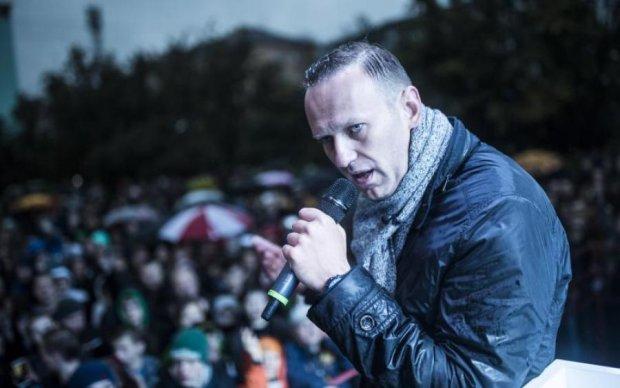 Навального навалило: российские дворники недоумевают