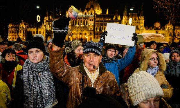 """Угорщина повстала проти """"рабського закону"""": скільки можна терпіти"""