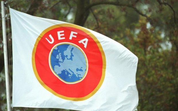 УЄФА буде розвивати футбол в Криму без прив'язки до Росії
