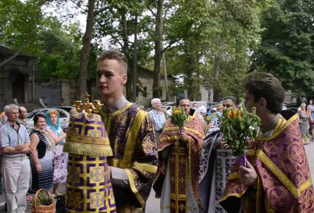 Медовый Спас: когда отмечают, история праздника и традиции