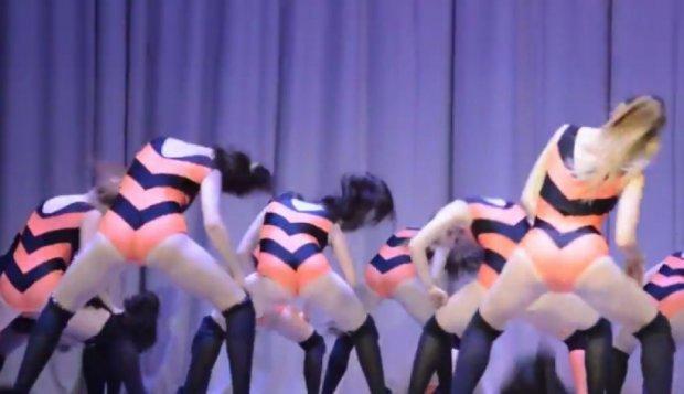 Следственный комитет проверит скандальный «Танец пчелок» (видео)