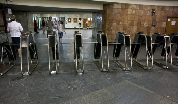 Стоимость проезда в метро заставит киевлян ходить пешком