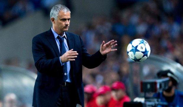 """Я лучший тренер в истории """"Челси"""" - Моуриньо"""