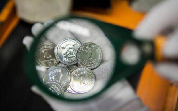 Монети 1 та 2 гривні розчарували українців