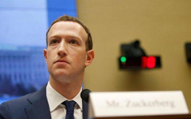 Мінус 150 млрд доларів за декілька хвилин: Facebook йде на дно разом з Цукербергом