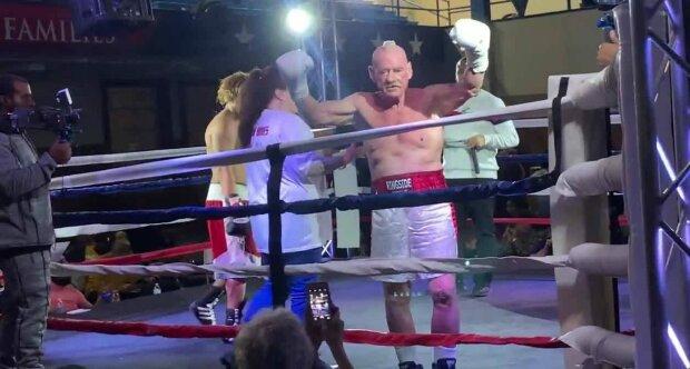 Альберто Хьюз, кадр из видео