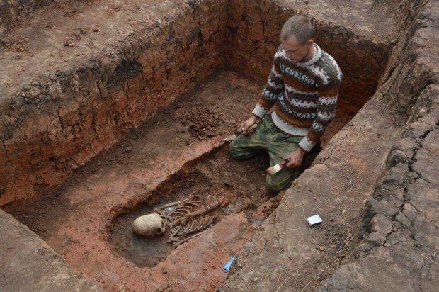 Археологи натрапили на рештки істоти з незвичайною формою черепа: невже пращур людини