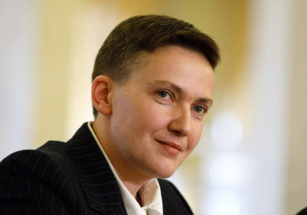 """Савченко влаштувала еротичну фотосесію на морі: """"Здивувала, Надіє!"""""""