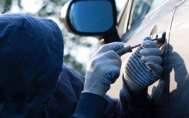 Опублікована карта викрадень автівок у Києві