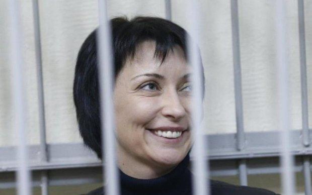 Луценко объяснил, почему подружка Януковича гуляет на свободе