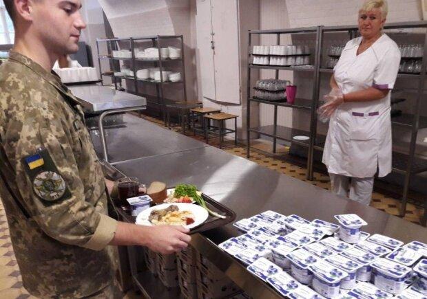 Украинский военный, фото: unian