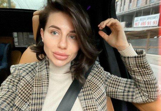 Анна Алхим, соцсети