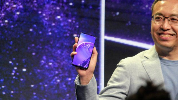 Эксперты назвали идеальный смартфон для холостяков