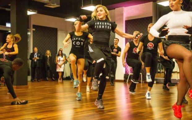 Енністон, Лопес і Мадонна поділилися секретами тренувань