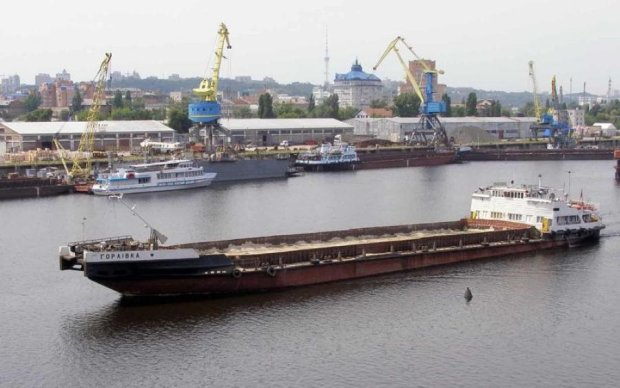 Украина нашла партнера для развития судоходства на Днепре