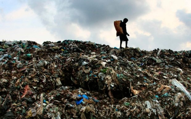 Число жертв мусорного обвала на Шри-Ланке выросло вдвое