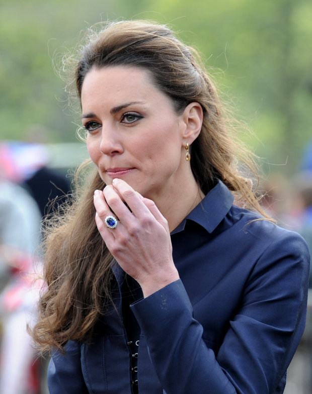 Яккоролева: Кейт Міддлтон вразила своїм вбранням набанкеті вБукінгемському палаці