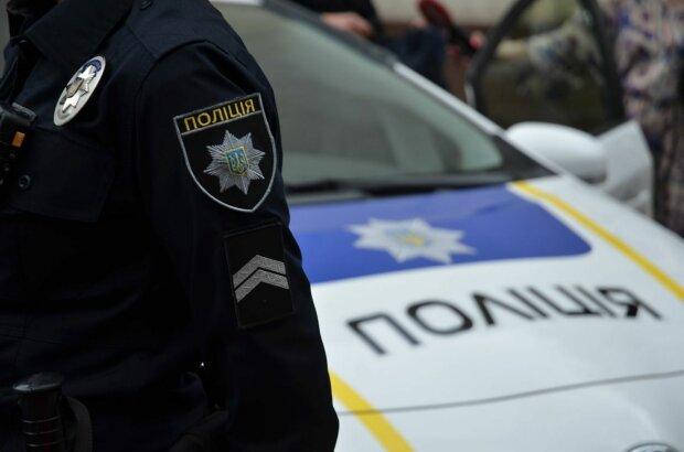 Жахлива аварія на Львівщині не залишила шансів: некерований легковик зупинило дерево