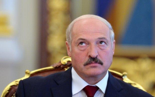 Лукашенко сольет Путину переговоры с Порошенко
