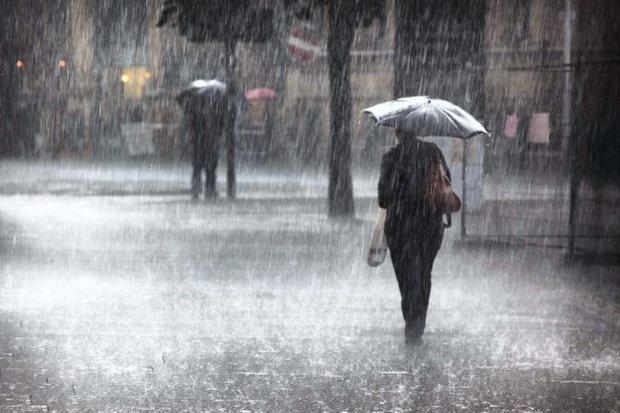 Погода на 19 квітня: дощі розділили Україну на дві частини