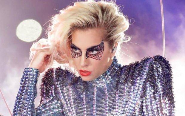 Мясо уже протухло: Леди Гага шокировала фанатов перевоплощением