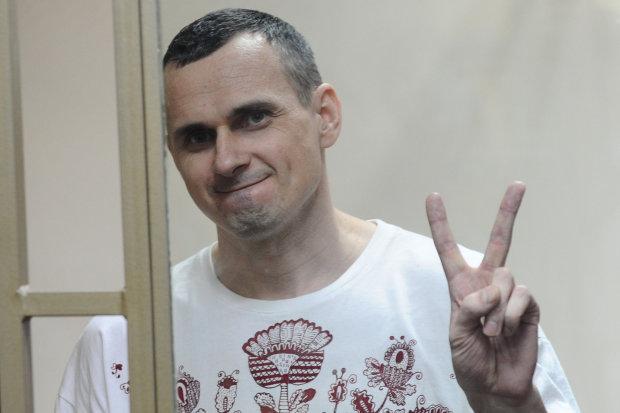Сенцов надіслав звісточку з катівень путінської в'язниці: українці зітхнули з полегшенням