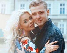 Аліна Гросу з чоловіком