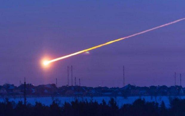 Кара небесная: огненный шар озарил российское небо