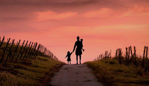 Убивство власних дітей: як розпізнати у матері монстра