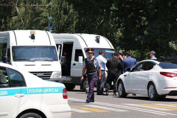 Кульгавий маніяк викрав дівчинку прямо з дитсадка: її голову знайшли на смітнику, а вбивця досі на волі
